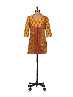 Ambi Print Yoke Kurta In Yellow - Cotton Curio