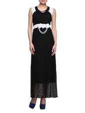 Black Dress With White Floral Applique - London Off