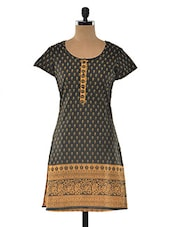 Multi Color Cotton Round Neck Kurta - LINGRA