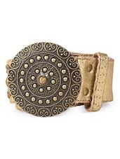 Circular antique buckle belt