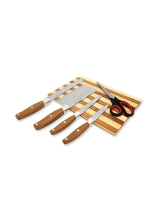home Belle Wooden chopping board with high quality knife set