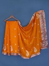 Orangish Yellow Paisley Cotton Silk Saree - Suchi Fashion