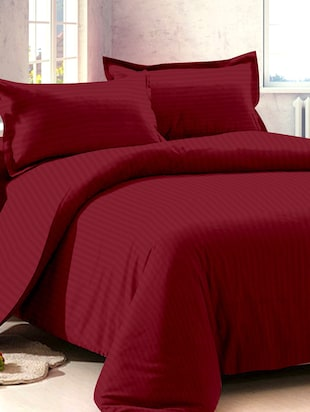 Dreasmscape 220TC 100% Cotton Maroon  Satin Stripe double bedsheet set