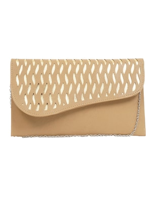 Beige leatherette clutch