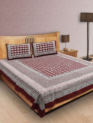 Finest Quality Cotton - Handmade Maroon and Black Booti on White base - Bagh Block Print Bedsheet with Pillow Covers - King Size