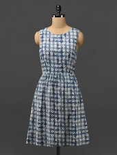 Blue Printed Cotton Dress With Cut-out Back - Phenomena