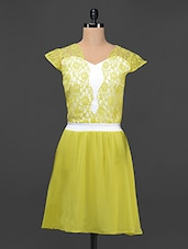 Lacy Yellow Dress With Sweetheart Neckline - Liebemode