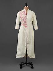 Beige Floral Printed Cotton Kurti - Tissu