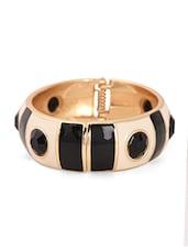 Gold & Black Metal Alloy Bracelet - Bg's