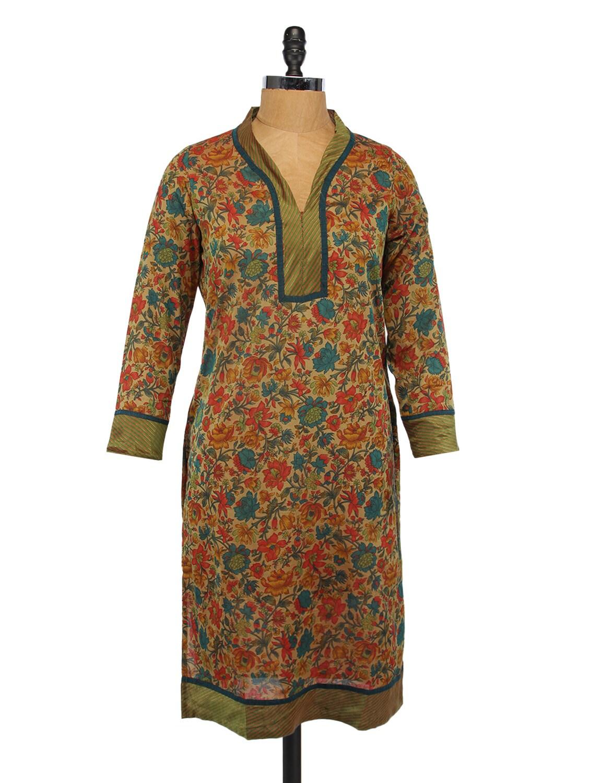 Quarter Sleeves Floral Print Kurta - Svarikaa