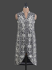 Floral With Scroll Embroidered Black Kurta - Libas