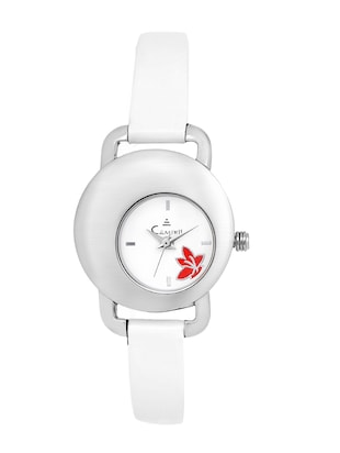 White Analogue Wrist Watch