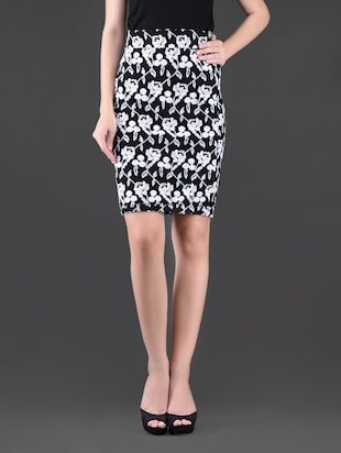 Floral printed monochrome pencil skirt