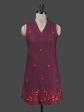Maroon Embroidered Kurta With Attachable Sleeves - Paislei