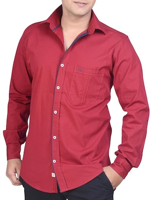 Men red cotton casual shirt