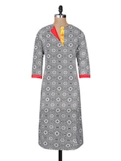 Black Cotton Printed Three Quarter Sleeved Long Kurta - By