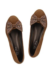 Bow Embellished Brown Suede Wedges - My Foot