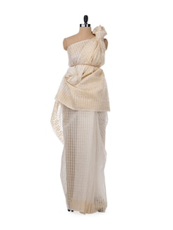 Classic White And Gold Saree - Bunkar