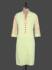 Chevron Print Quarter Sleeves Cotton Kurta - Kyaara