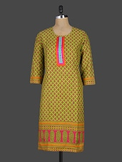 Quarter Sleeves Round Neck Printed Cotton Kurta - Kyaara