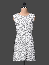 Polyester Cotton Printed Monochrome Dress - London Off