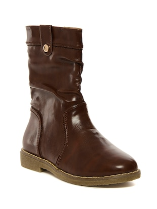 brown faux leather 0.5 to 7 boots