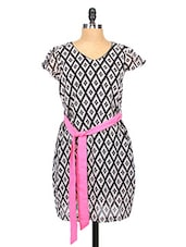 Monochrome Printed Georgette Dress With Pink Belt - RIGOGLIOSO
