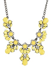 Yellow Acrylic Metallic Choker Necklace With Crab Claw Necklace - Femnmas