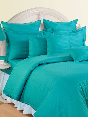 Aqua Colour Bed Sheet with Pillow Covers