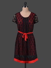 Black Lace Round Neck Red Belted Dress - Peptrends