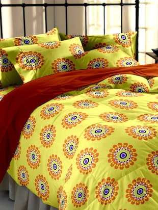 Yellow printed cotton double bedsheet