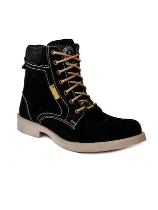 black lace up casualboot