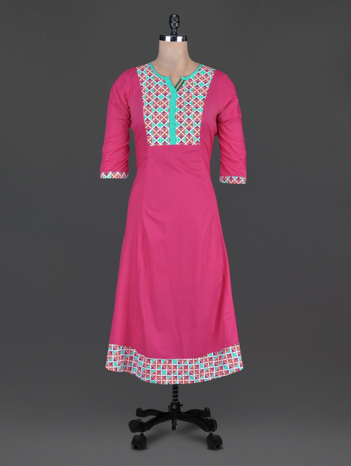 Quarter Sleeves Geometric Print Cotton Kurta - Taaga