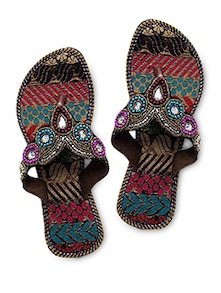 Beads embroidered toe separator flat sandals
