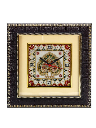 Multicolored marble wall clock with dual dancing peacock motif