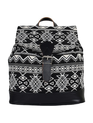 black canvas regular backpack