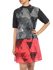 Graphic Geometric Print Shift Georgette Dress - By
