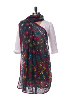 Black And Bright Phulkari Dupatta - Vayana