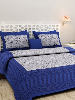 multi colored cotton double bedsheet with two pillow cover