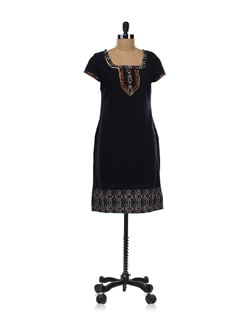 Black Embroidered Kurta - Aurelia
