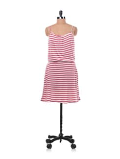 Red And White Striped Jersey Dress With Pockets - Chemistry