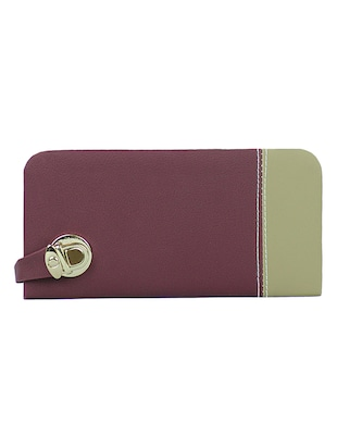 Purple synthetic leather clutch