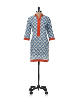 White And Blue Printed Kurta - SHREE