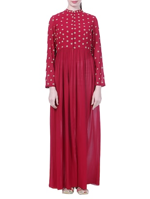 Maroon floral embroidered georgette high slit kurta