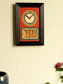 Black And Red Dhokra Work Wall Clock - ExclusiveLane