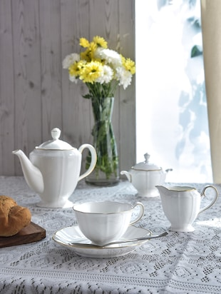 White printed ceramic tea set (29pcs)
