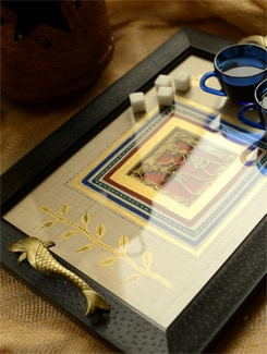 Dhokra Work Tray With Black Border - ExclusiveLane