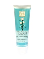 Ultra Whitening Face Wash - By