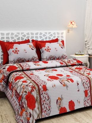 Multicolored Printed Double Bedsheet Set