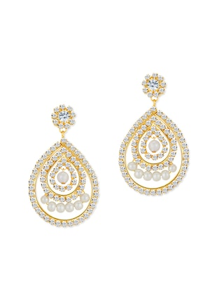 gold metal chandellier earring